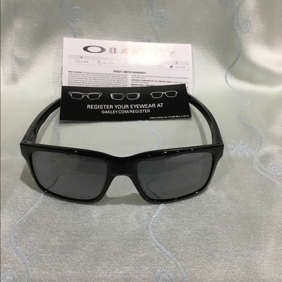 91c82af3731 Oakley Accessories